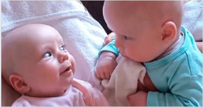 20 миллионов просмотров: этот милейший разговор двух младенцев покорил весь Интернет!